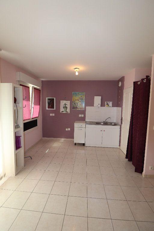 Appartement à vendre 3 70.05m2 à Coulommiers vignette-2