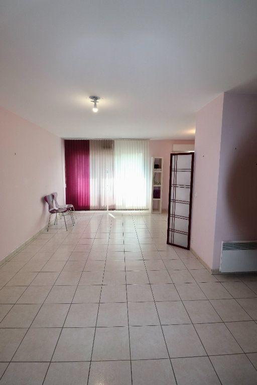Appartement à vendre 3 70.05m2 à Coulommiers vignette-4