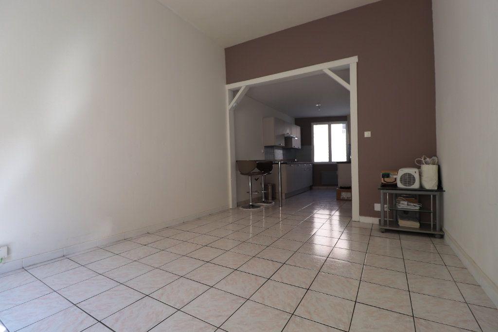 Appartement à louer 2 46.23m2 à Coulommiers vignette-2
