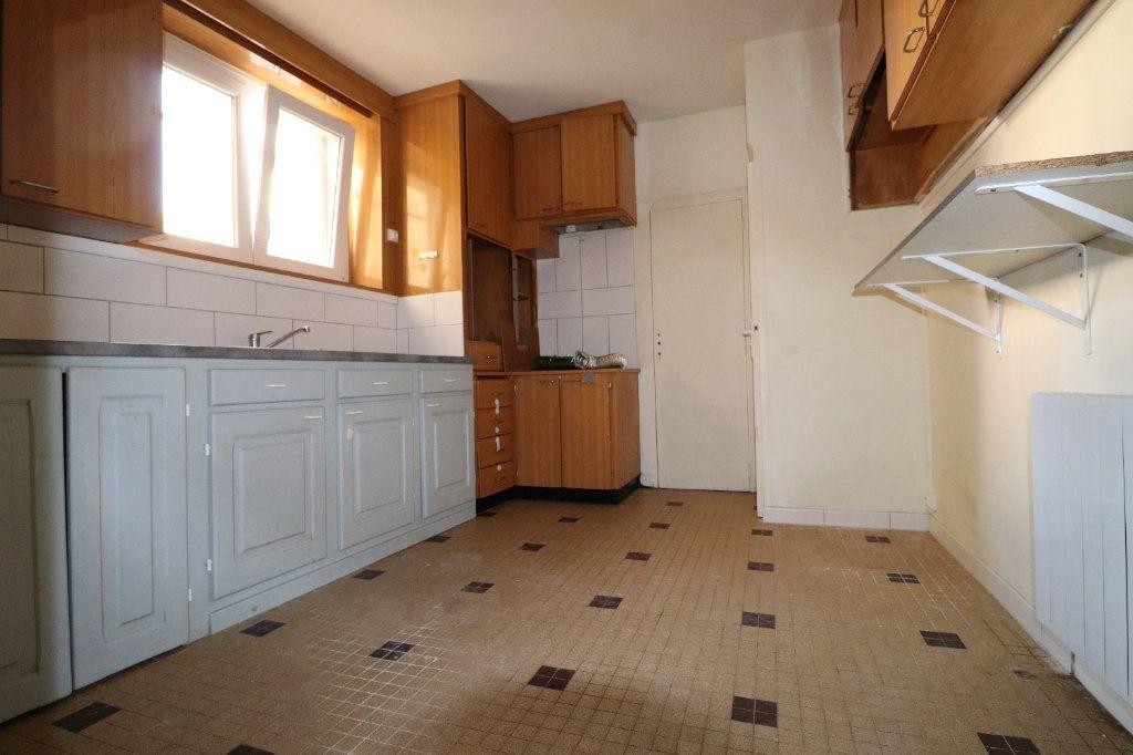 Appartement à louer 3 68.42m2 à Coulommiers vignette-3