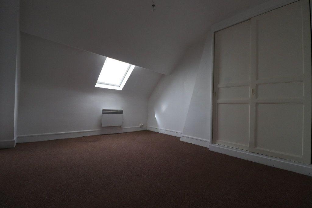 Appartement à louer 5 69.04m2 à Coulommiers vignette-5