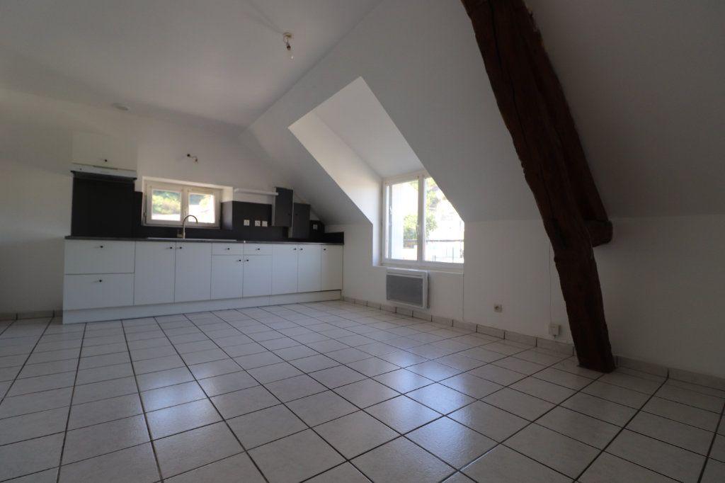 Appartement à louer 3 55m2 à Coulommiers vignette-1