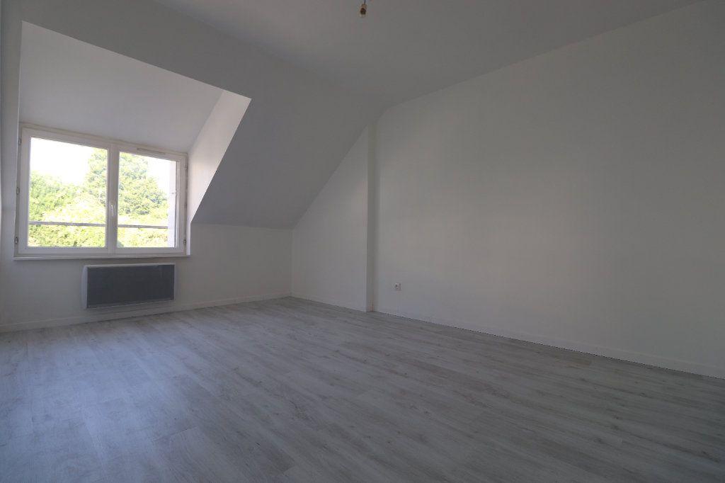 Appartement à louer 3 55m2 à Coulommiers vignette-3