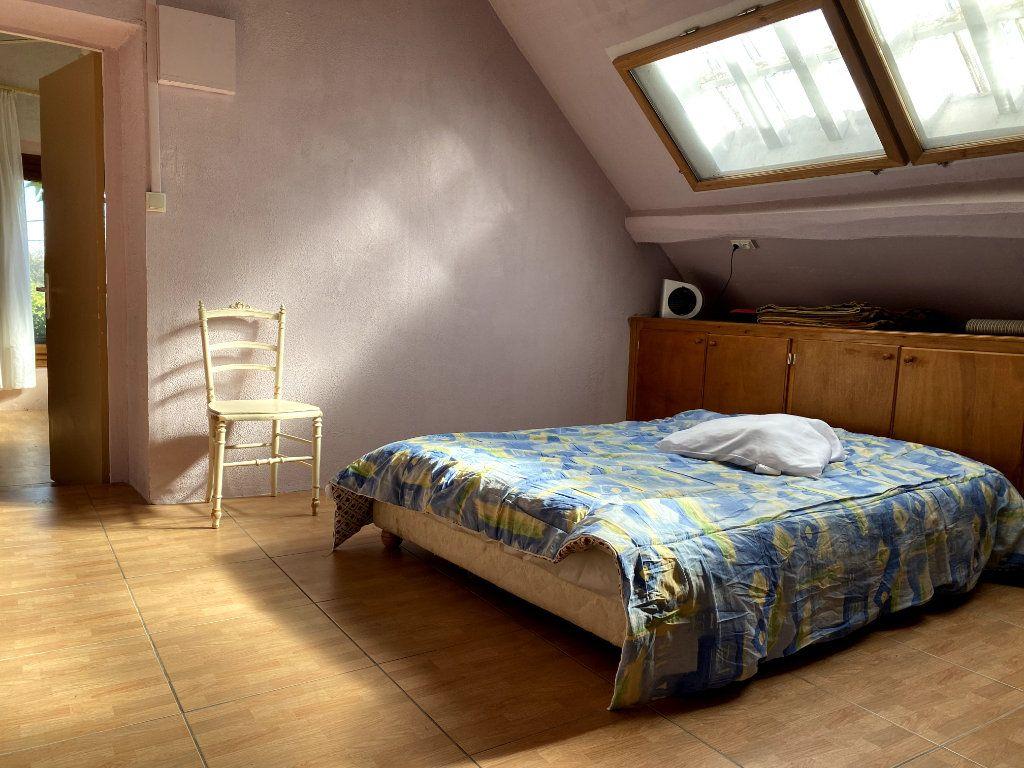 Appartement à louer 4 62.91m2 à Doue vignette-5