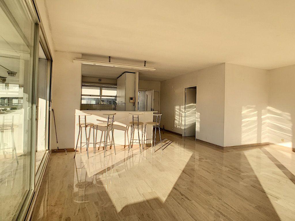 Appartement à vendre 4 109.66m2 à  vignette-6