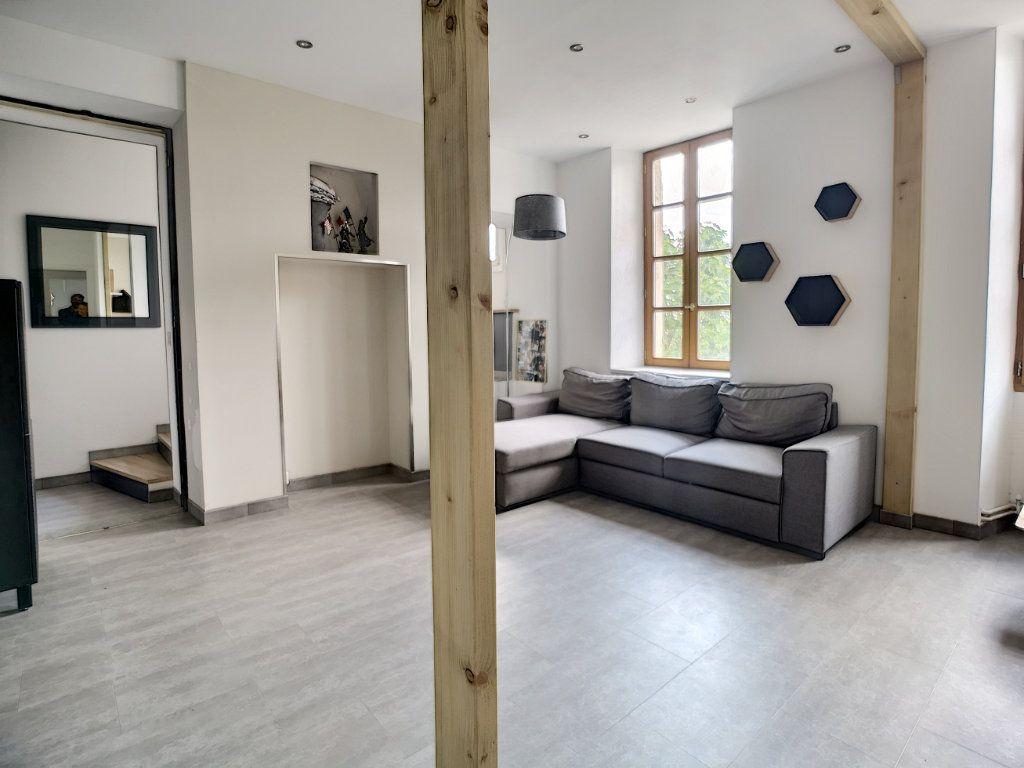 Appartement à vendre 3 72.04m2 à Vence vignette-2