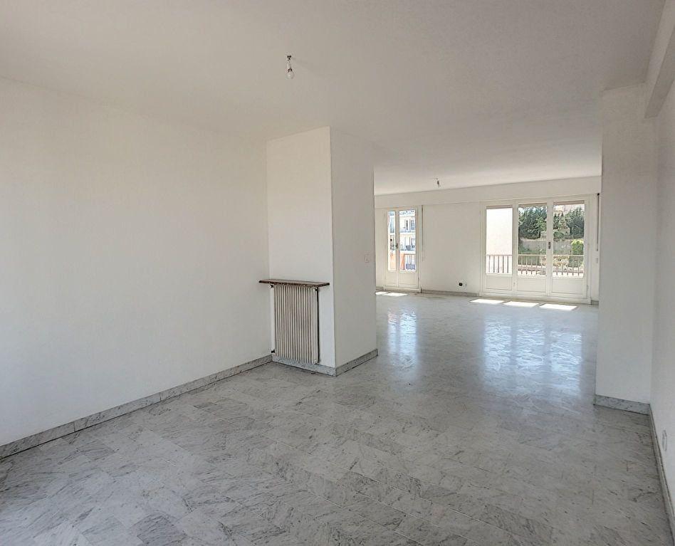 Appartement à vendre 4 118m2 à Cagnes-sur-Mer vignette-2