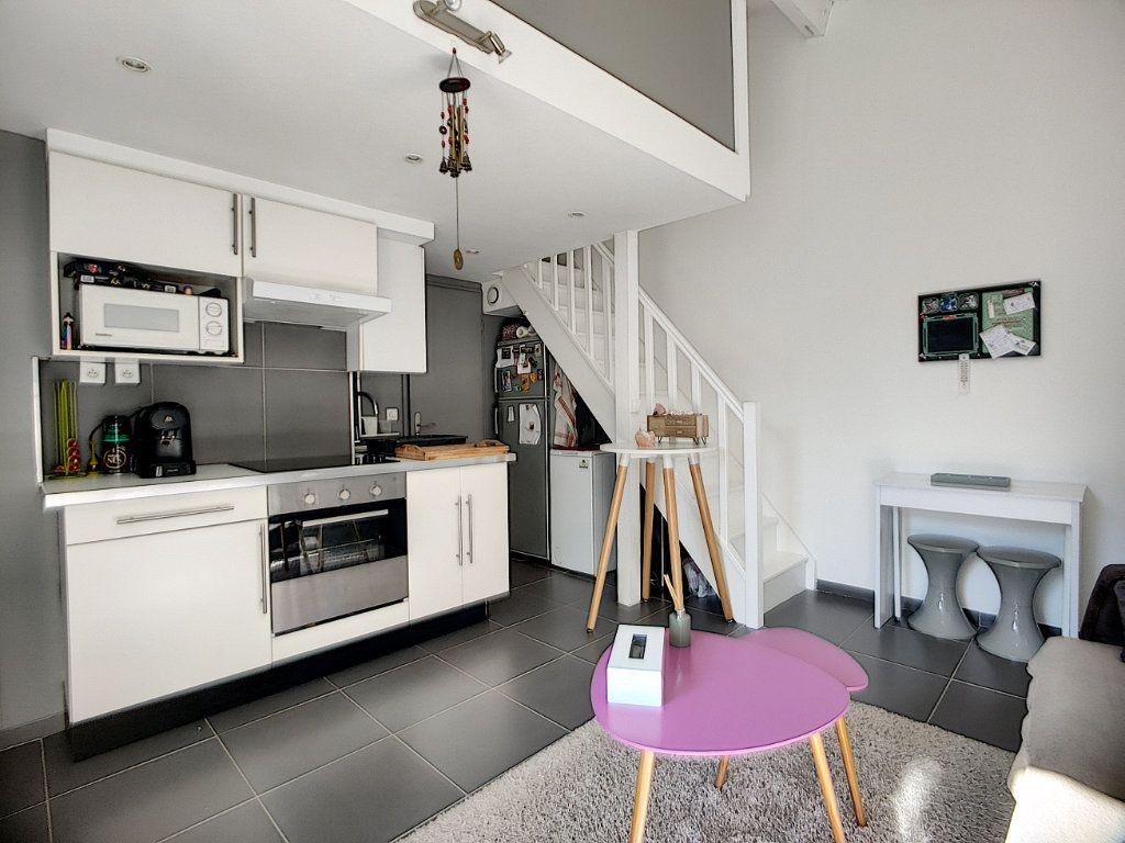 Maison à vendre 3 40m2 à Villeneuve-Loubet vignette-1