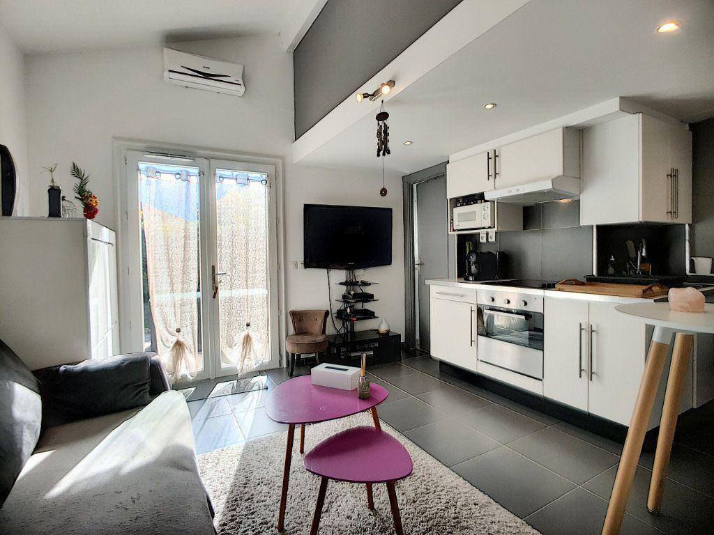 Maison à vendre 3 40m2 à Villeneuve-Loubet vignette-2