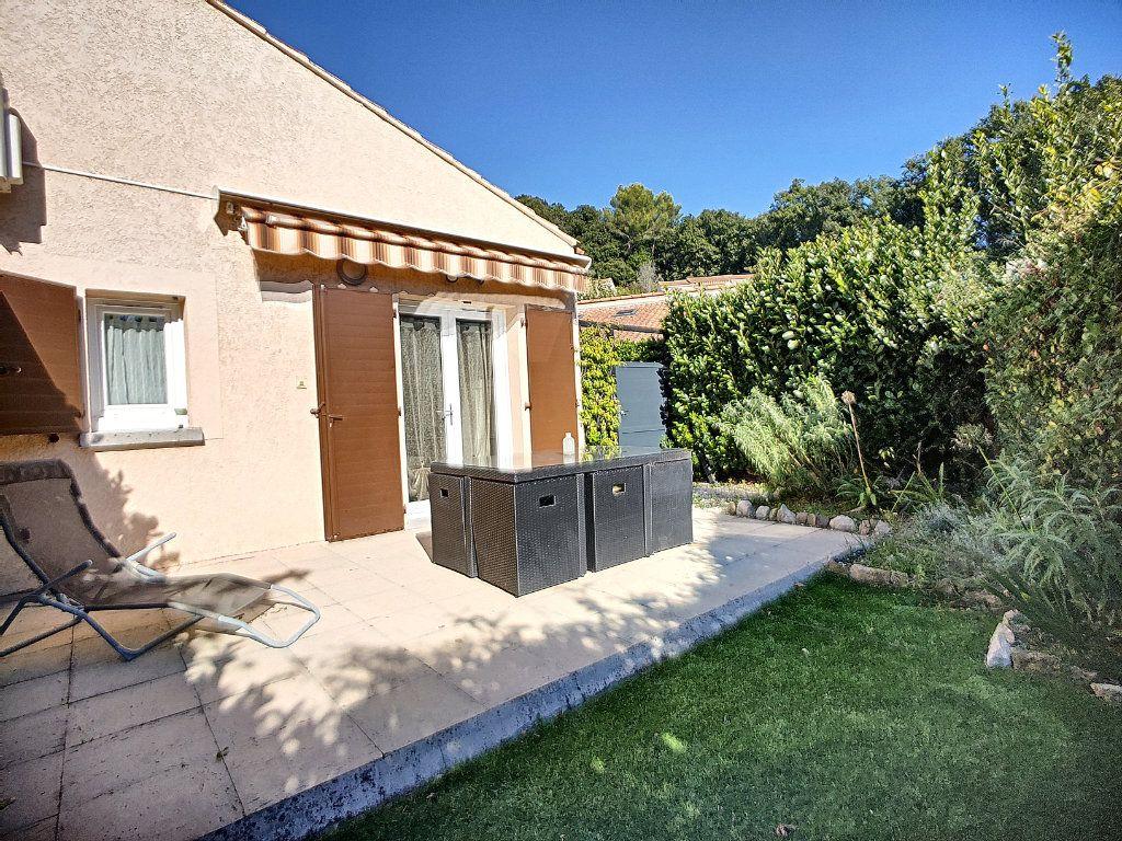 Maison à vendre 3 40m2 à Villeneuve-Loubet vignette-3