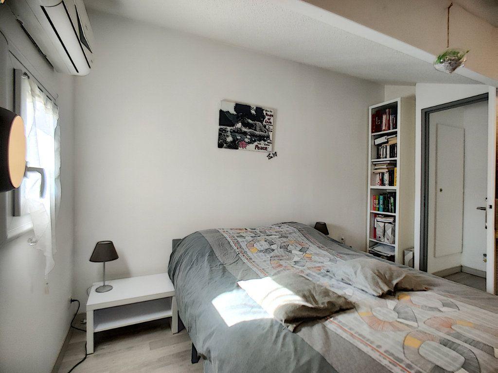 Maison à vendre 3 40m2 à Villeneuve-Loubet vignette-5