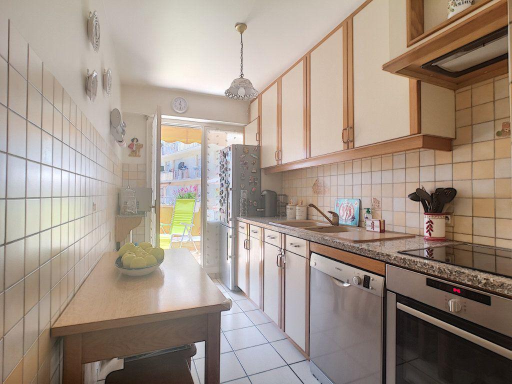 Appartement à vendre 3 61.62m2 à Nice vignette-3