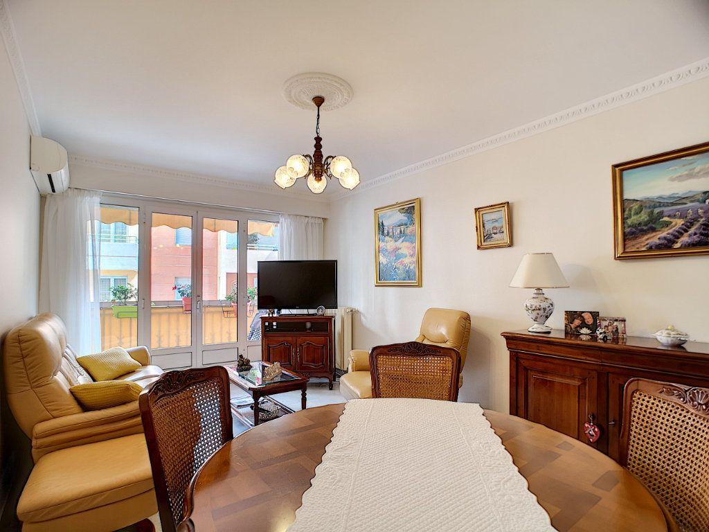 Appartement à vendre 3 61.62m2 à Nice vignette-5