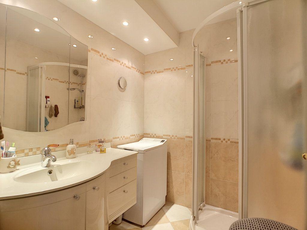 Appartement à vendre 3 61.62m2 à Nice vignette-7