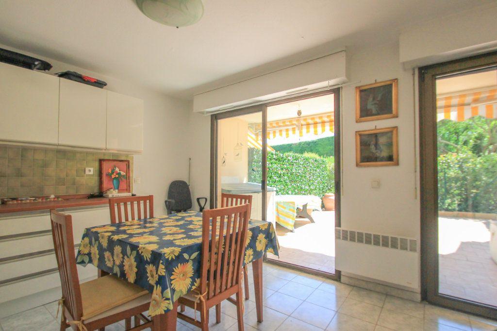 Appartement à vendre 2 33.7m2 à Villeneuve-Loubet vignette-3
