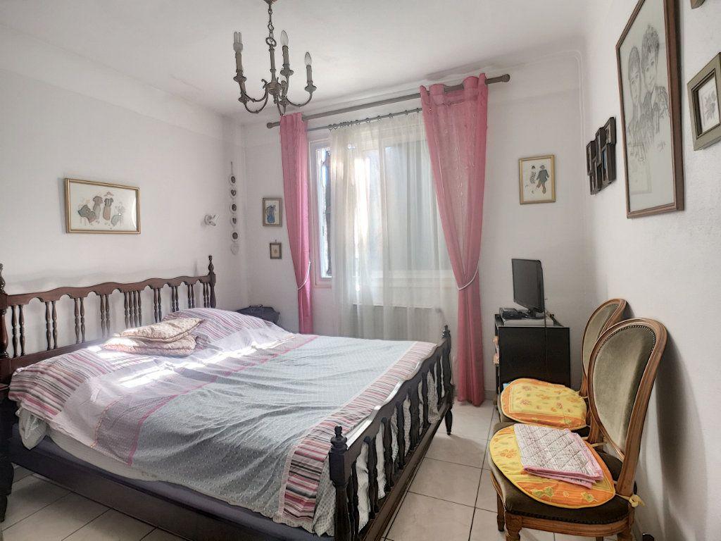 Maison à vendre 4 91.6m2 à Villeneuve-Loubet vignette-6