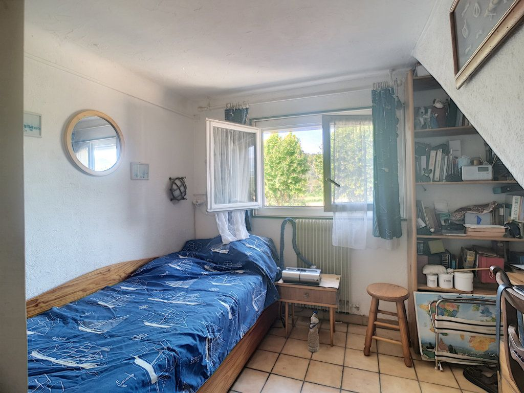 Maison à vendre 4 91.6m2 à Villeneuve-Loubet vignette-7