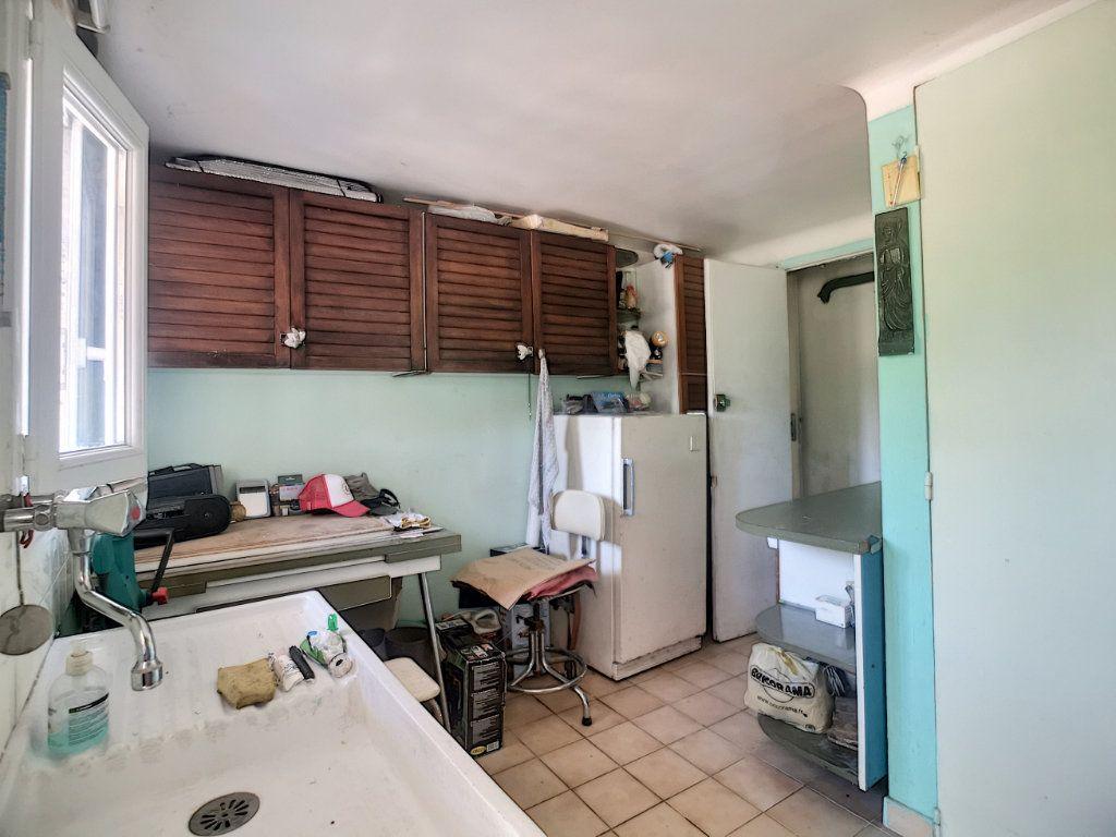 Maison à vendre 4 91.6m2 à Villeneuve-Loubet vignette-11