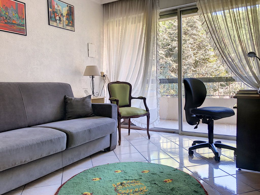 Appartement à vendre 4 90m2 à Villeneuve-Loubet vignette-5
