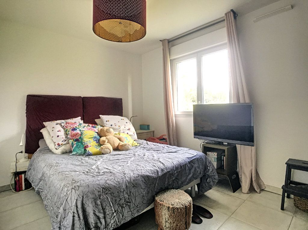 Appartement à vendre 3 62m2 à Villeneuve-Loubet vignette-7