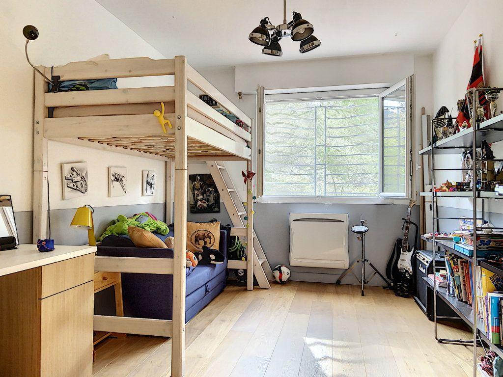 Appartement à vendre 4 120m2 à Villeneuve-Loubet vignette-7