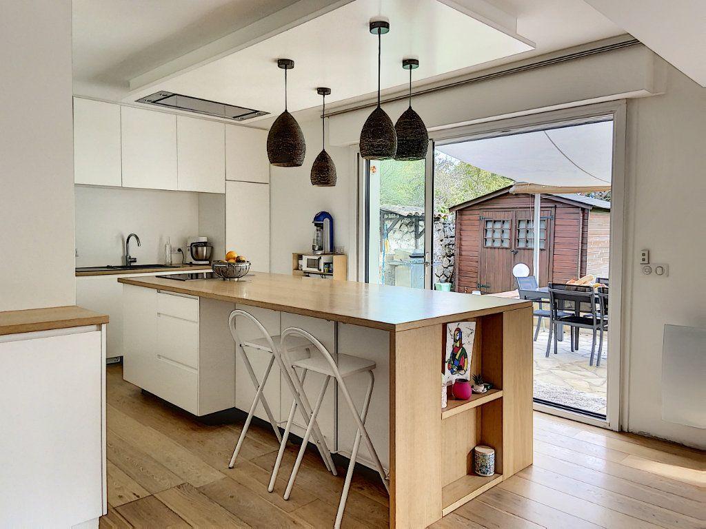 Appartement à vendre 4 120m2 à Villeneuve-Loubet vignette-11