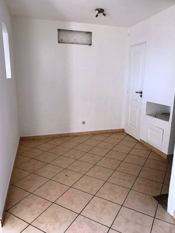 Appartement à vendre 2 31m2 à Cagnes-sur-Mer vignette-4