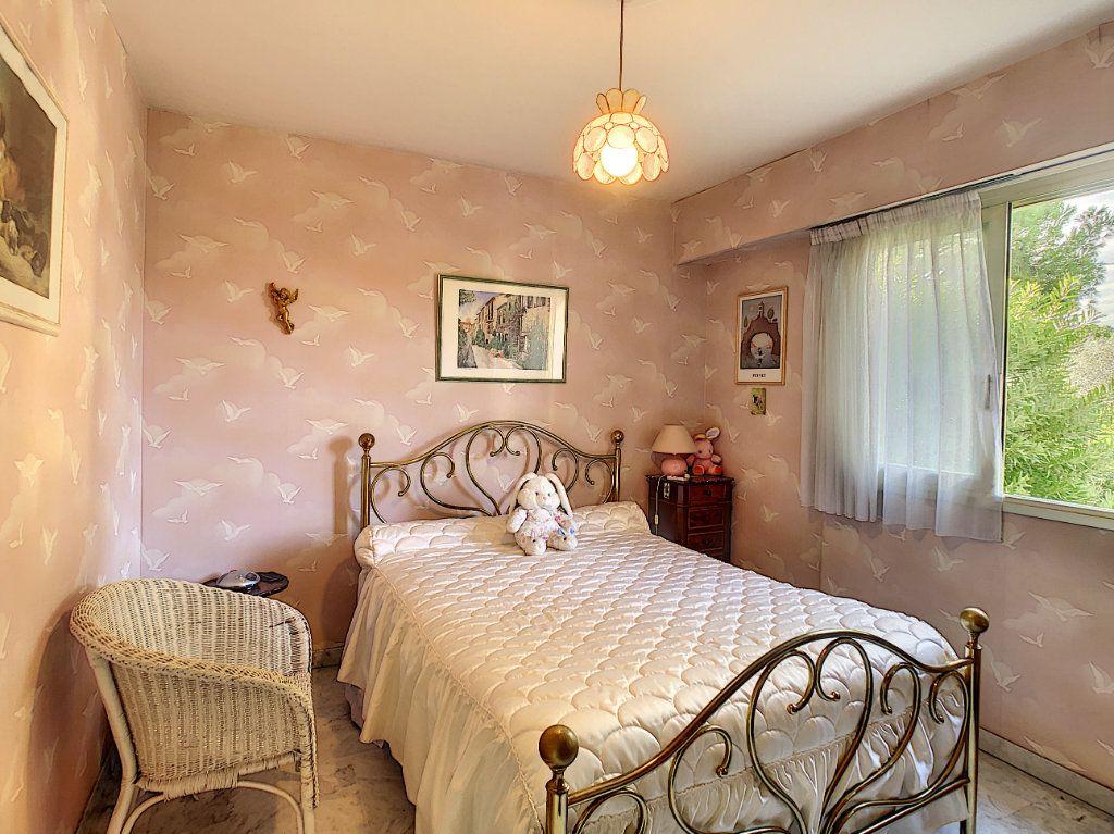 Appartement à vendre 2 46m2 à Villeneuve-Loubet vignette-3