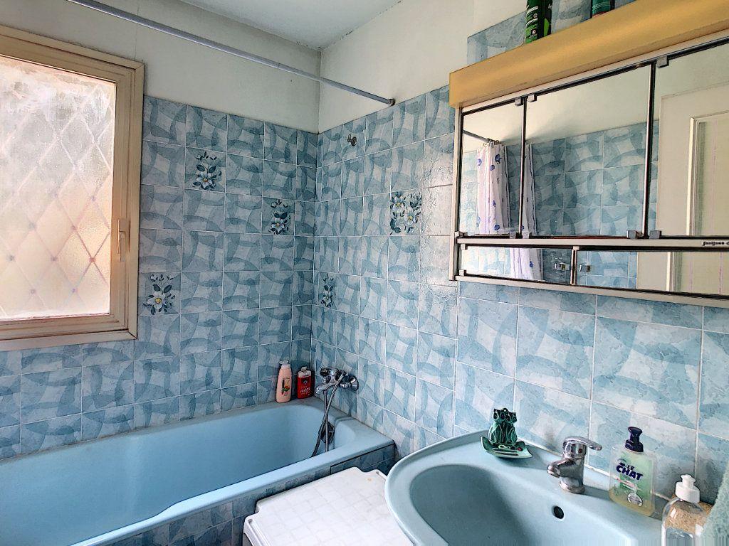 Appartement à vendre 2 46m2 à Villeneuve-Loubet vignette-5