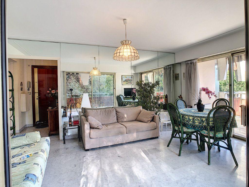 Appartement à vendre 2 46m2 à Villeneuve-Loubet vignette-8