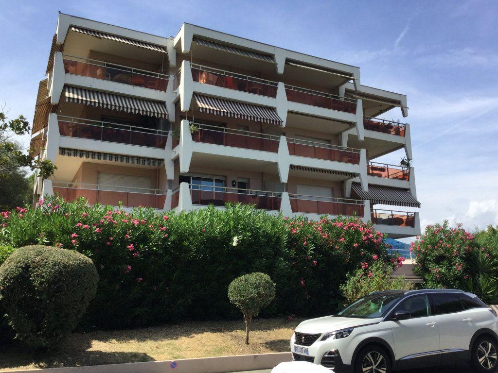 Appartement à vendre 2 46m2 à Villeneuve-Loubet vignette-11