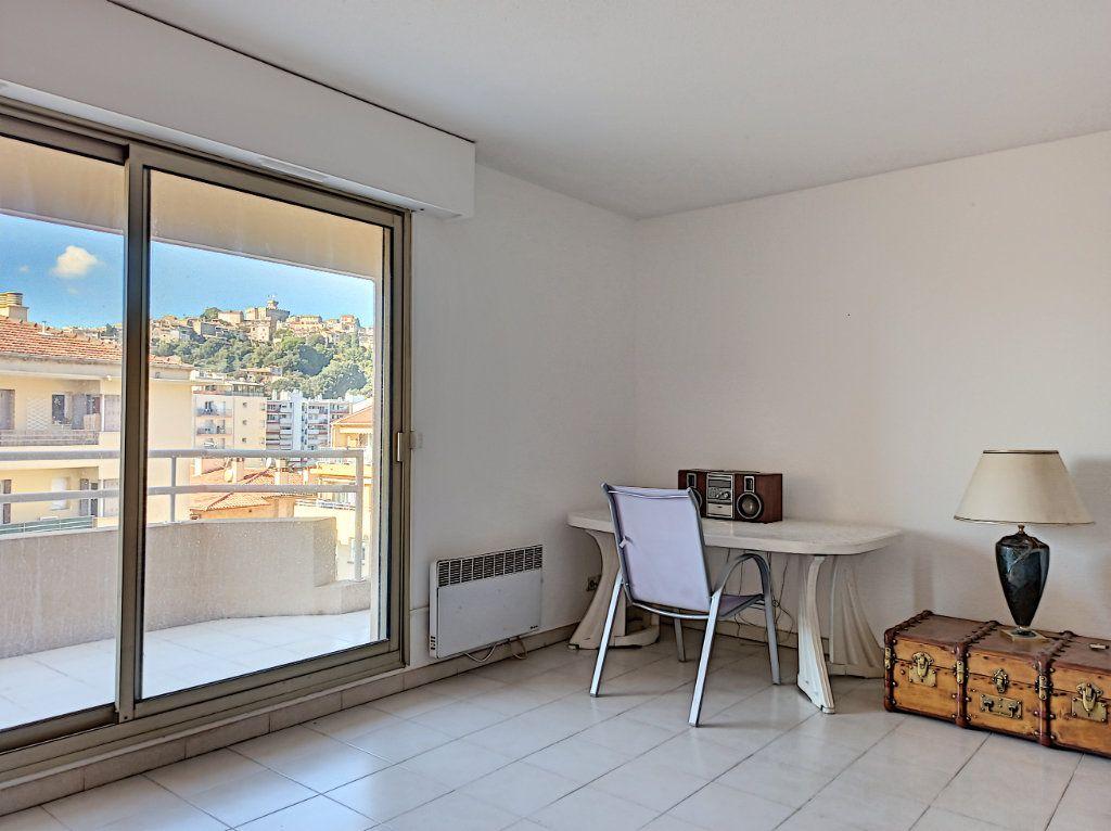Appartement à vendre 1 33m2 à Cagnes-sur-Mer vignette-4