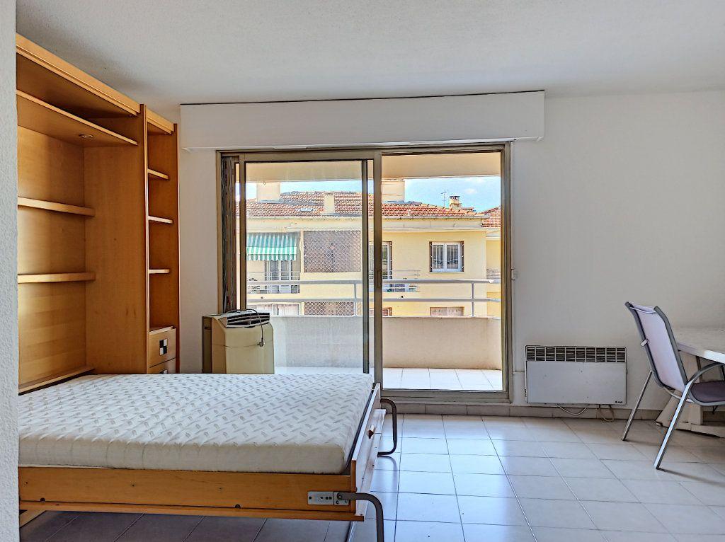 Appartement à vendre 1 33m2 à Cagnes-sur-Mer vignette-7