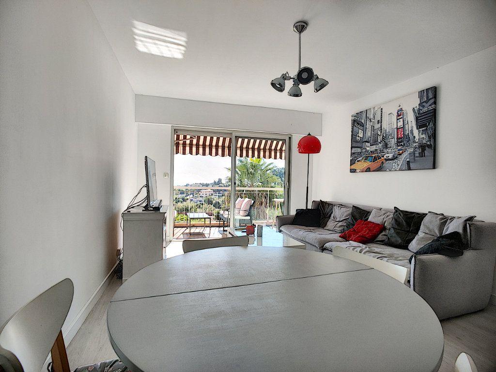 Appartement à vendre 3 70m2 à Villeneuve-Loubet vignette-7