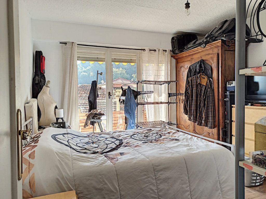 Appartement à vendre 3 83.07m2 à Saint-Laurent-du-Var vignette-5