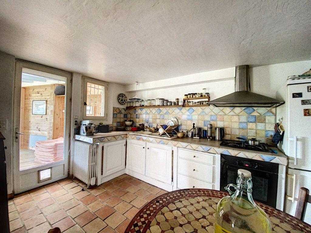 Maison à vendre 5 122m2 à Saint-Paul-de-Vence vignette-5