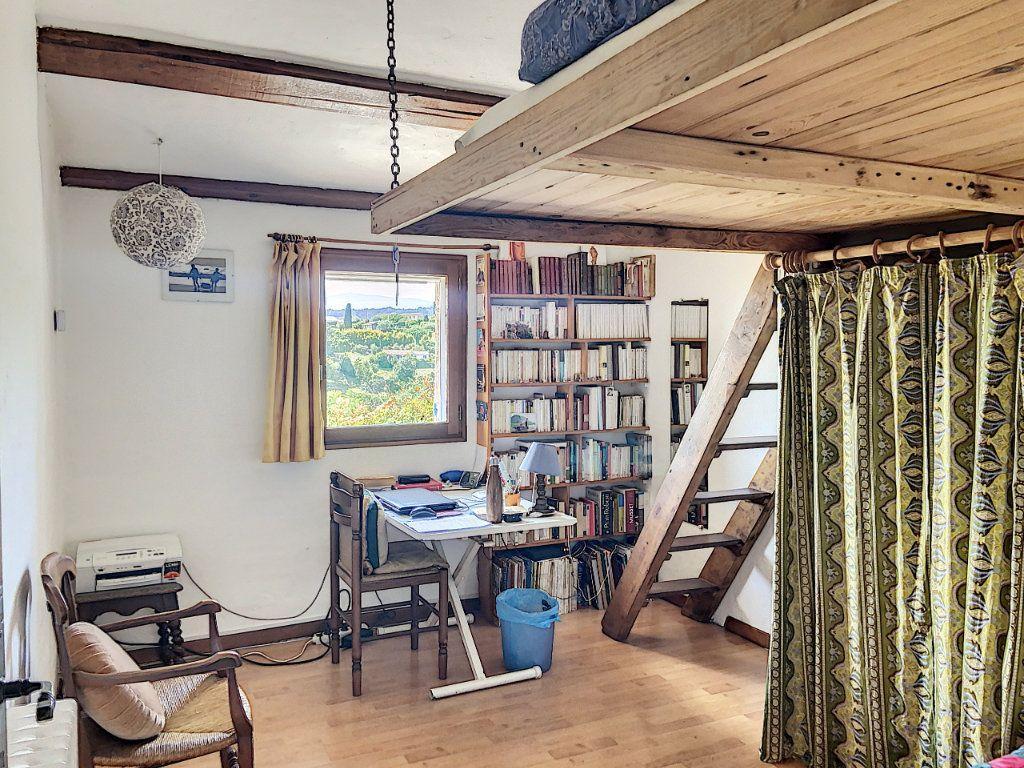 Maison à vendre 5 122m2 à Saint-Paul-de-Vence vignette-15
