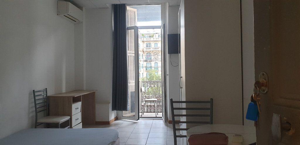 Appartement à vendre 5 117m2 à Nice vignette-2