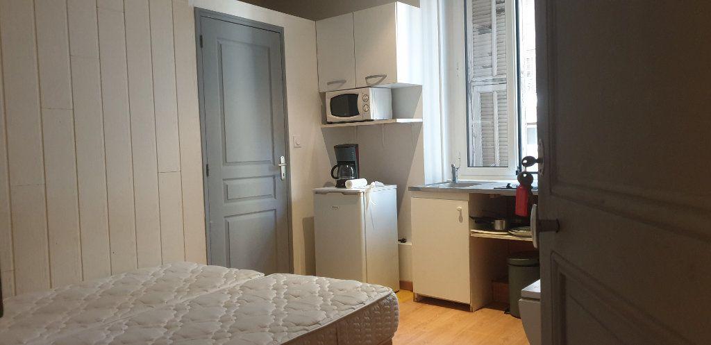 Appartement à vendre 5 117m2 à Nice vignette-4