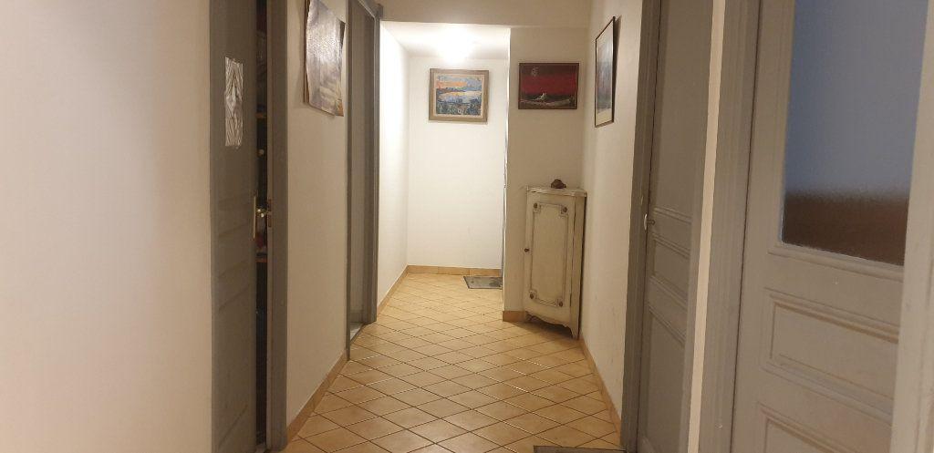 Appartement à vendre 5 117m2 à Nice vignette-5