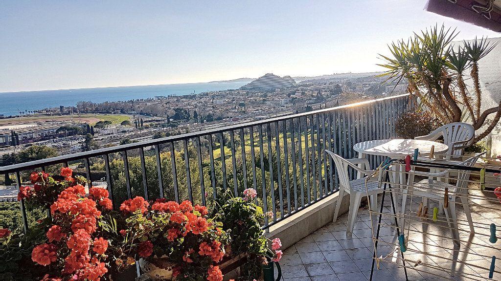 Appartement à vendre 2 56.2m2 à Cagnes-sur-Mer vignette-2