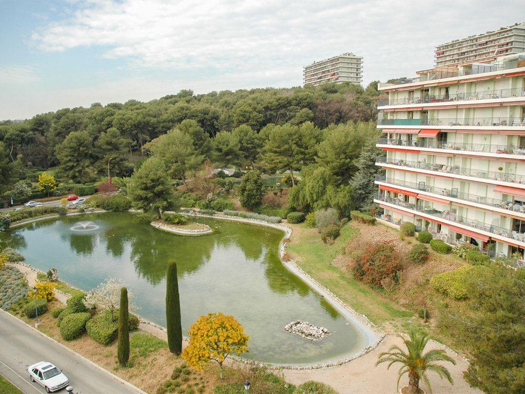 Appartement à vendre 2 56.2m2 à Cagnes-sur-Mer vignette-8