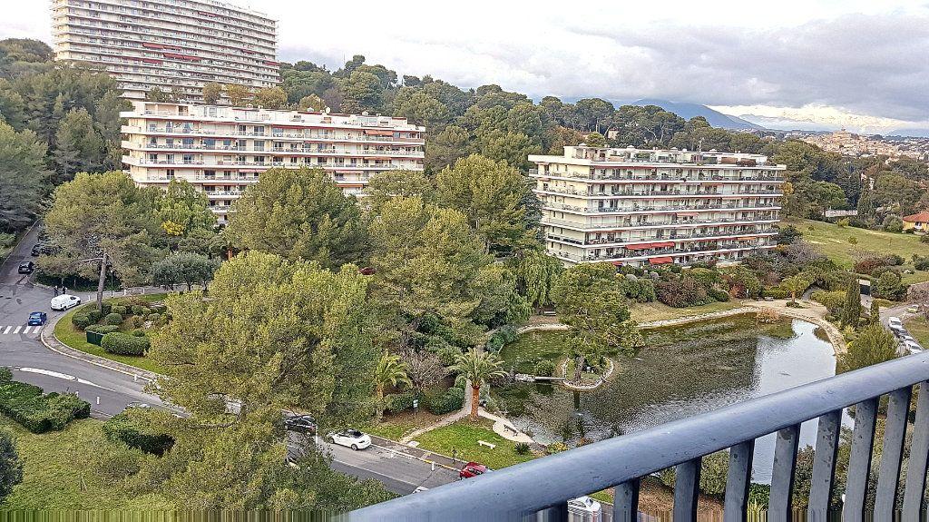 Appartement à vendre 2 56.2m2 à Cagnes-sur-Mer vignette-9