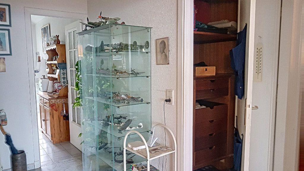 Appartement à vendre 2 56.2m2 à Cagnes-sur-Mer vignette-10