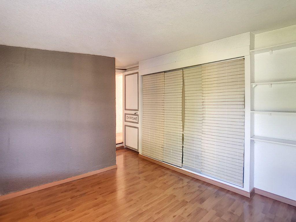 Appartement à vendre 2 33.65m2 à Villeneuve-Loubet vignette-2