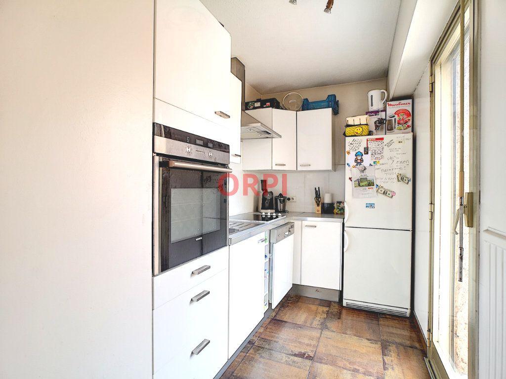 Appartement à vendre 3 64.48m2 à Le Cannet vignette-8