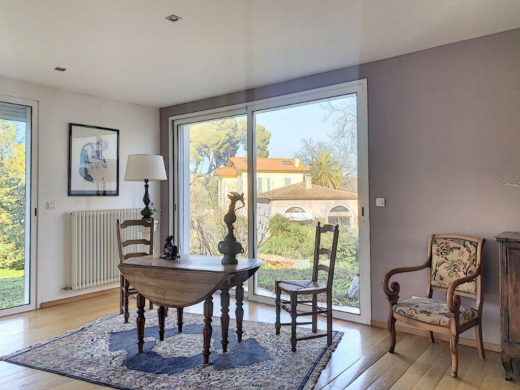 Maison à vendre 5 189.89m2 à Cagnes-sur-Mer vignette-7