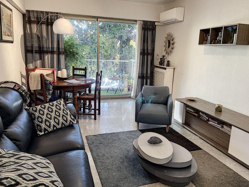 Appartement à vendre 3 83.45m2 à Cagnes-sur-Mer vignette-1