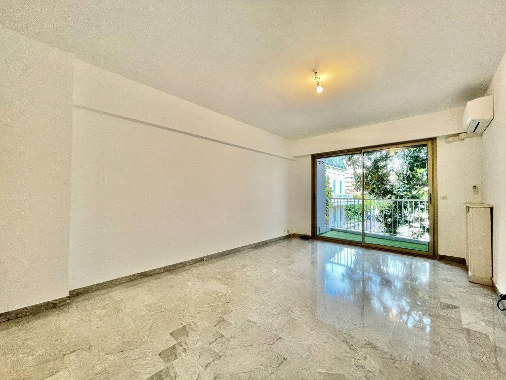 Appartement à vendre 3 83.45m2 à Cagnes-sur-Mer vignette-2