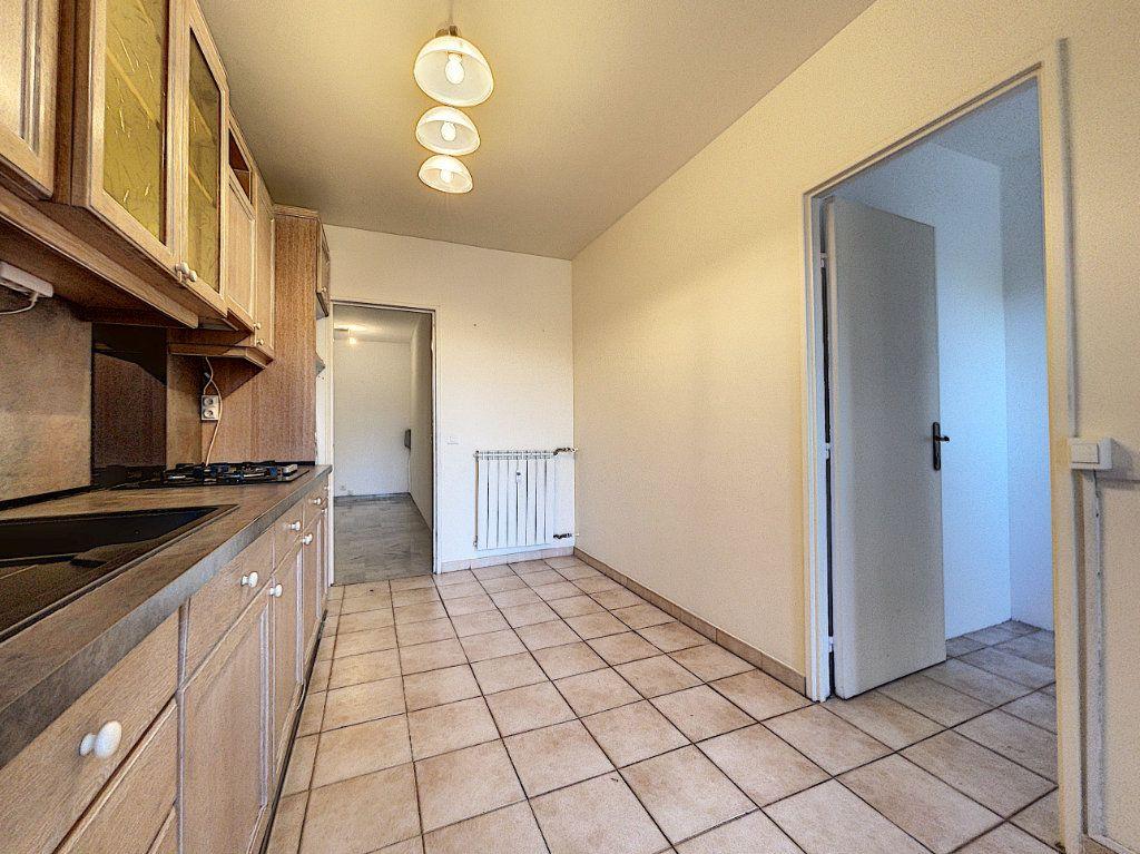 Appartement à vendre 3 83.45m2 à Cagnes-sur-Mer vignette-3